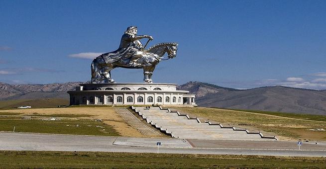 شاهد بالصور .. أكبر تمثال في العالم