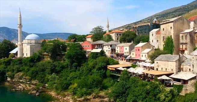 مسلمات البوسنة ينتفضن ضد حظر الحجاب