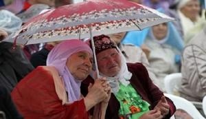 سجن امرأة مسلمة في روسيا لرفضها الاحتفال بأعياد الميلاد