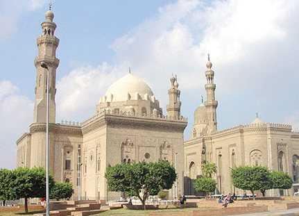 تاريخ بناء جامع السلطان حسن