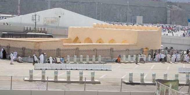 مسجد البيعة .. شاهد على أول اتفاق سياسي في الإسلام