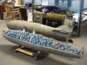 Cluster munition