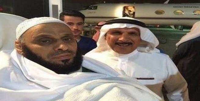 شاهد بالصور وصول الشيخ عائض القرني إلى الرياض