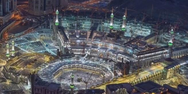 بالصور | شاهد صلاة العشاء والقيام  لليلة 27 رمضان في الحرم المكي