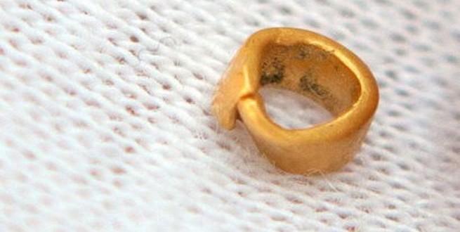 اكتشاف أقدم مشغولة ذهبية في العالم