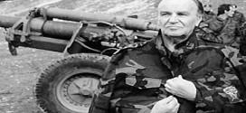 وفاة الزعيم علي عزت بيجوفيتش