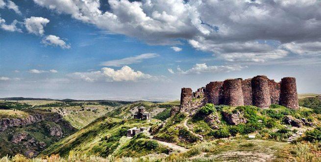 قصة فتح مملكة أرمينيا الصغرى