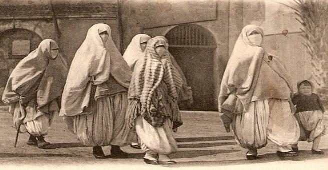 أمهات عظيمات أنجبن عظماء في التاريخ الإسلامي