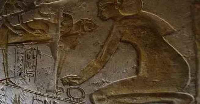 اكتشاف 3 لوحات فرعونية منذ نحو 4000 عام