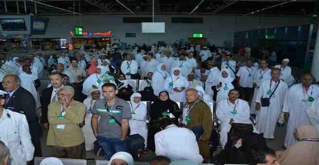 مليون مصري يؤدون عمرة رمضان هذا العام