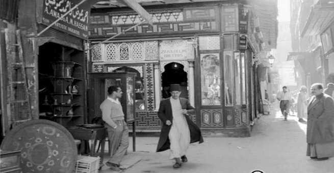 صور نادرة تحكي تاريخ حيّ خان الخليلي