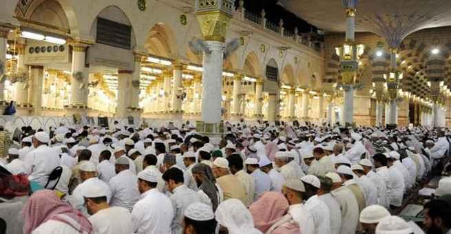 أكثر من مليوني مصل في الحرمين الشريفين ليلة 27 رمضان