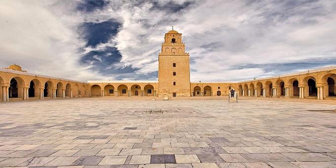 مسجد عقبة بن نافع في القيروان