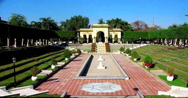 جولة في حدائق الأندلس