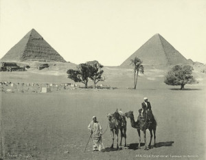 Giza-Pyramids-and-Tombs-of-Bedouins