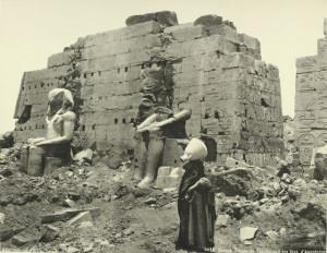 Karnak-Temple-of-Thothmes-III-Tuthmosis-III-the-Statues-of-Amenhotep-I
